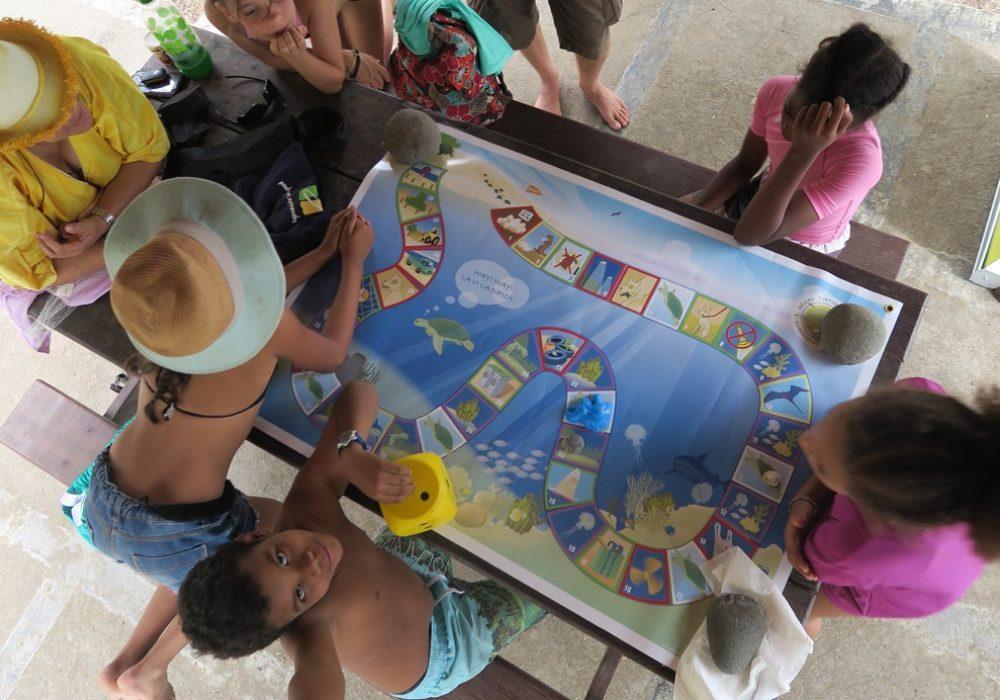 Atelier jeu de l'oie sur le thème des tortues marines, Grande anse (Trois-rivières)